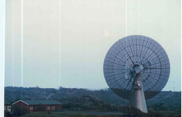 Moon and 25.6 m dish at OSO